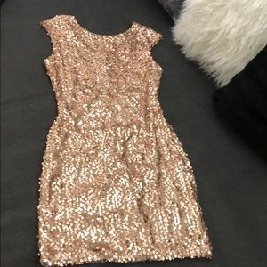 NWT Sparkly Rose Gold Bodycon Dress!